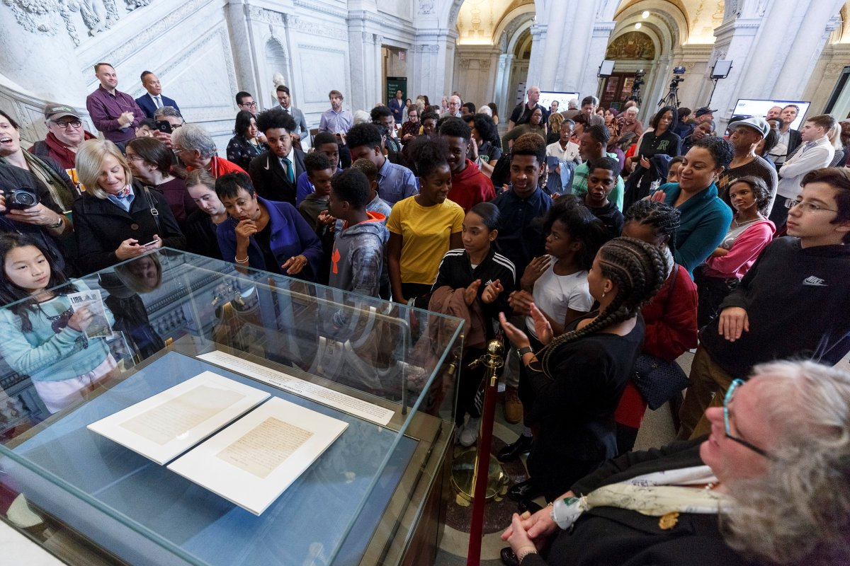 A crowd of Library of Congress visitors view the Gettysburg Address with Librarian of Congress Carla Hayden during a special event on November 19, 2018, commemorating the 155th anniversary of Lincoln's speech