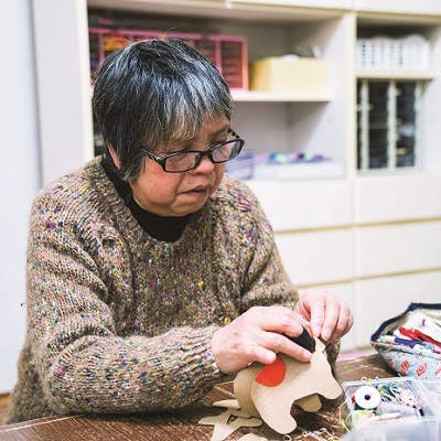 Libraries Embrace Hobbies & Crafts Enthusiasts
