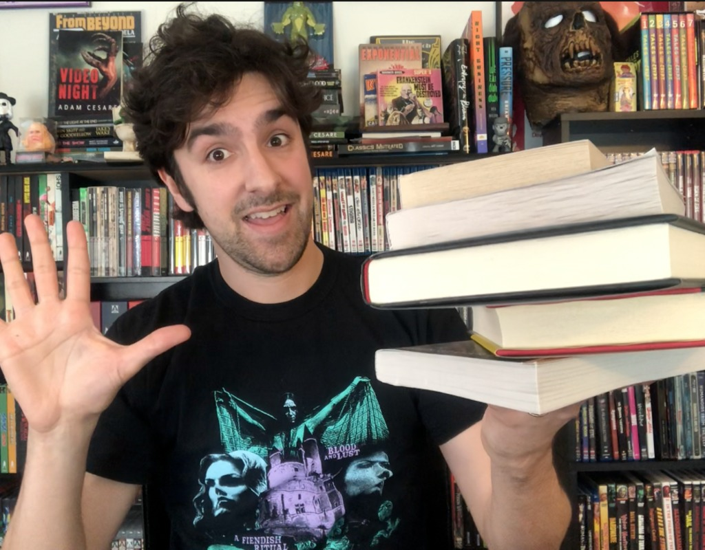 Reading with Horror Movies